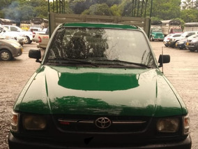 Toyota Hilux Modelo 2003
