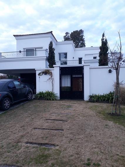 Casa 4 Dormitorios . Country Buenos Aires Golf
