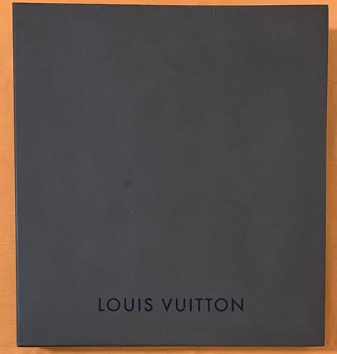 Caixa Grande Louis Vuitton. Original. Medidas: 45m X 49cm.