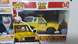 * Funko Pop Pizza Planet Truck And Buzz Lightyear Nycc *