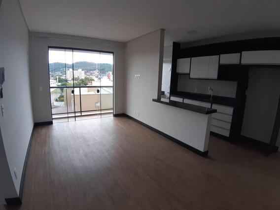Apartamento Em Bom Retiro, Joinville/sc De 72m² 2 Quartos Para Locação R$ 1.900,00/mes - Ap277119