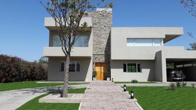 Altos Del Chateau Dueño Vende Casa De Categoria
