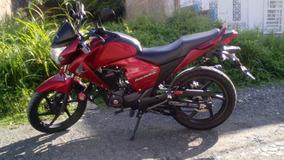 Honda Invicta Cb150 2014