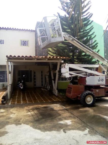 Townhouses En Venta En Rio Aro Place, Puerto Ordaz