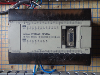 Plc Omron Cpm2a Incluye Sofware Cx-one