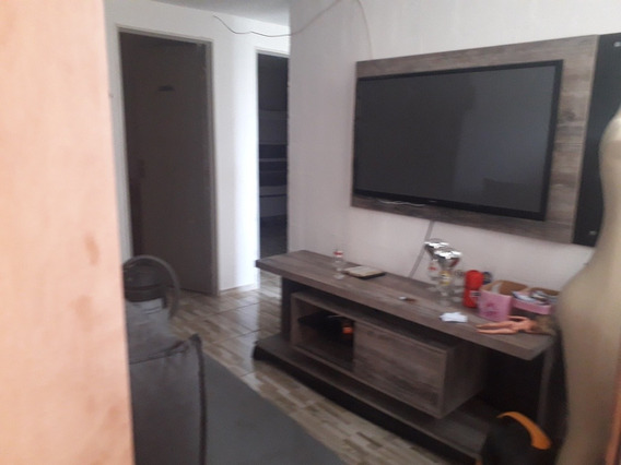 Apartamento 2 Quartos,sala,cozinha,banheiro,lavanderia,fica