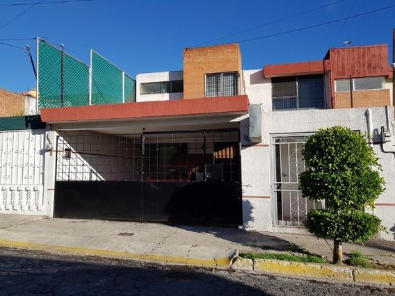 Casa En Venta En Prados Agua Azul