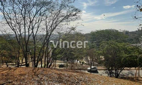 Terreno No Aldeia Do Vale - 574