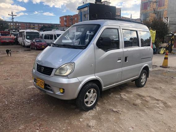 Mini Van Como Nueva