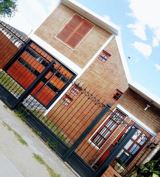 Se Vende Casa En Barrio Artigas - Excelente Oportunidad¡¡¡