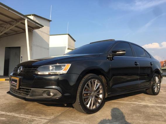 Volkswagen New Jetta Confortline At 2.5 2011