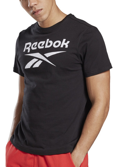 Remera Reebok Training Stacked Hombre Ng