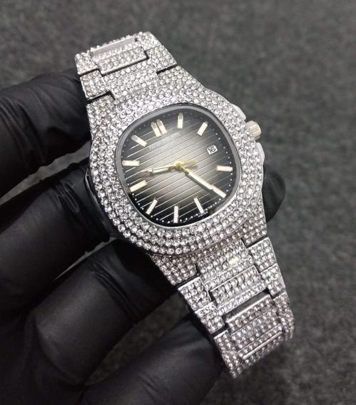 Relógio Patek Philippe Cravejado