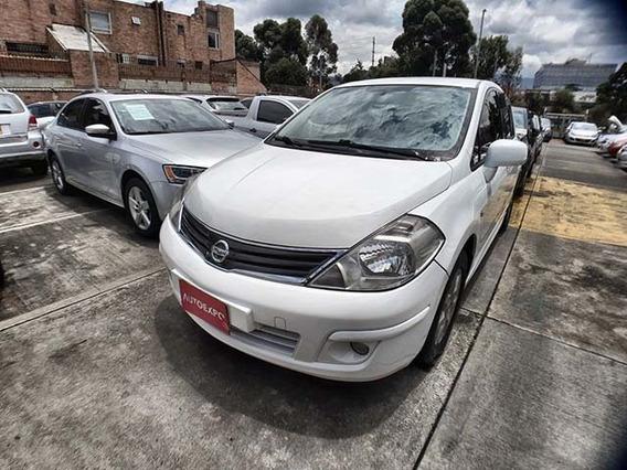 Nissan Tiida Emotion Hb Mec 1,8 Gasolina