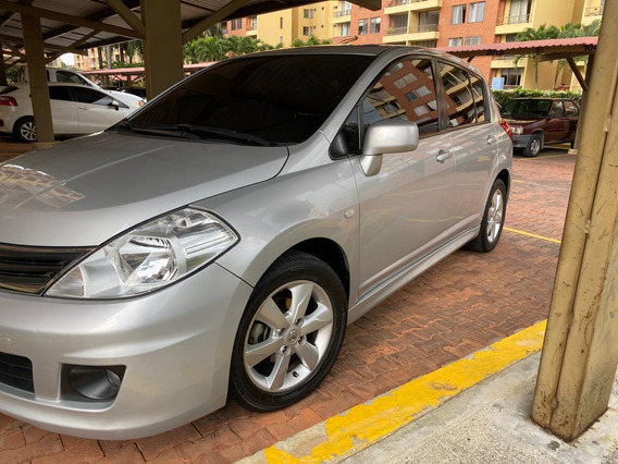 Nissan Tiida Hb Prem Aut, Sunroof, Mt 1800cc, Papeles Al Dia