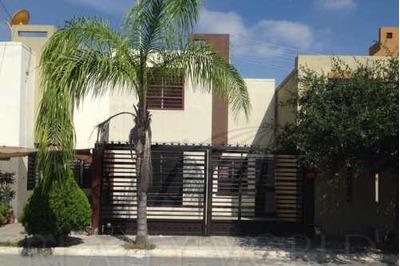 Casas En Venta En Villa Luz, Juárez