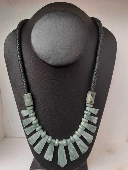 Collar De Jade Manzano