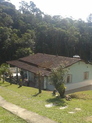Chácara Com Lago Com Peixes Piscina Ótima Casa Aceita Carro