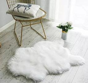 Tapete Decorativo Pelego Fake Branco 100x160 Branco Luxo