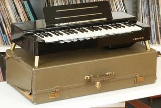 Organo Organa Honner 1954