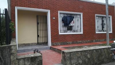 Casa En Venta En Maroñas, Curva