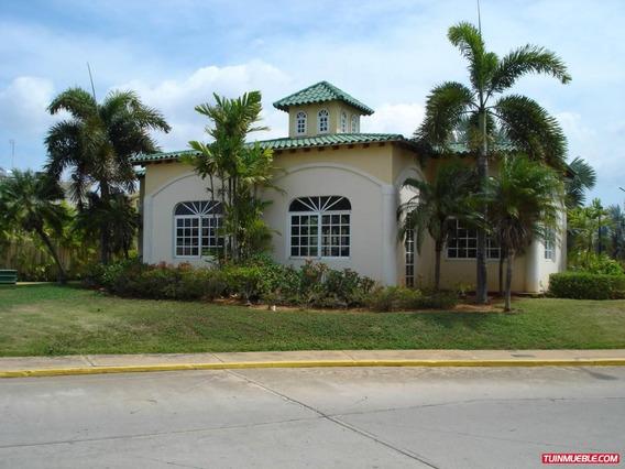 Casa Estilo Townhouse En Venta Villa Oasis I Maracaibo