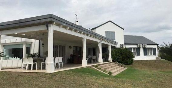 Venta Casa De 5 Dorm - Categoria - Villa Allende Golf
