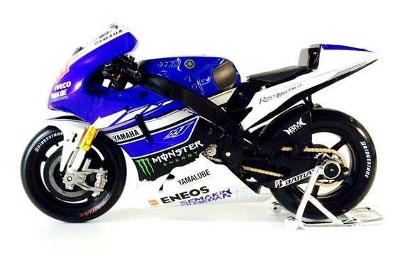 Moto Miniatura Yamaha Factory Racing Escala 1/18 Maisto