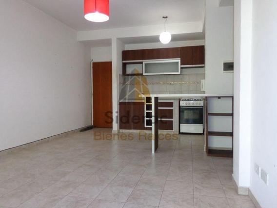 Alquiler De Departamento 2 Dormitorios, La Plata
