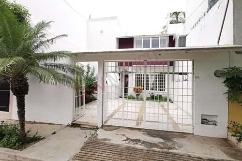 Casa En Renta Amueblada En Fraccionamiento Privado Colinas Del Sur