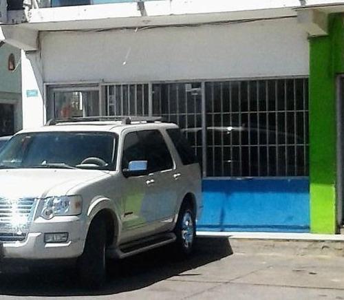 Imagen 1 de 8 de Local Comercial En Renta Av. Vallarta