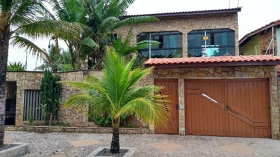 Belíssima Casa Com Edícula - 4 Dormitórios - Em Itanhaém-sp