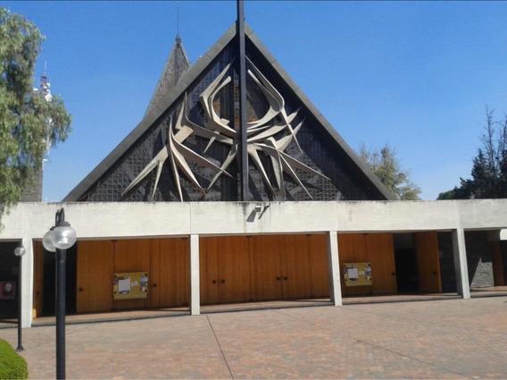 Cripta En Parroquia De La Santa Cruz Pedregal