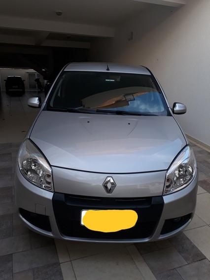 Renault Sandero 1.0 16v Expression Hi-flex 5p 2012