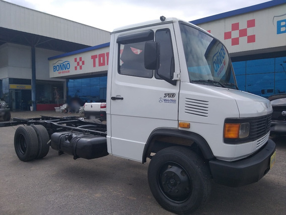M.benz 710 No Chassi - 2002/2002