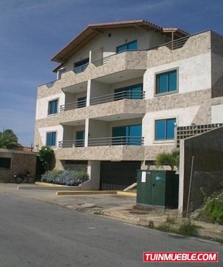 Apartamento En Venta- Playa Moreno. Maneiro