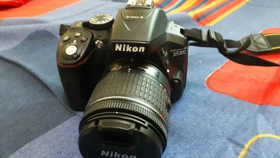 Vende-se Câmara Fotográfica Nikon D5300