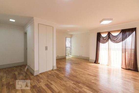 Apartamento No 4º Andar Mobiliado Com 2 Dormitórios E 2 Garagens - Id: 892941895 - 241895