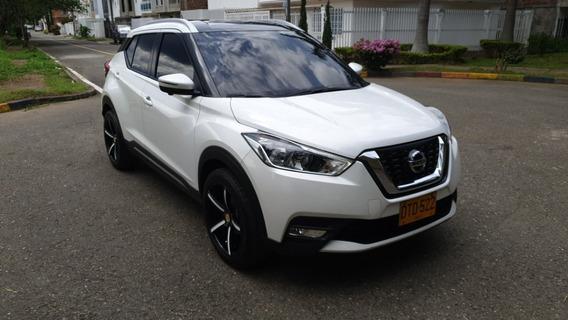 Nissan Kicks Exclusive Cojineria Y Rines Lujo 2018