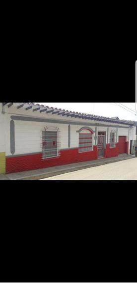 Casa De 6 Habitaciones Amoblada Para Alquilar En Jericó.