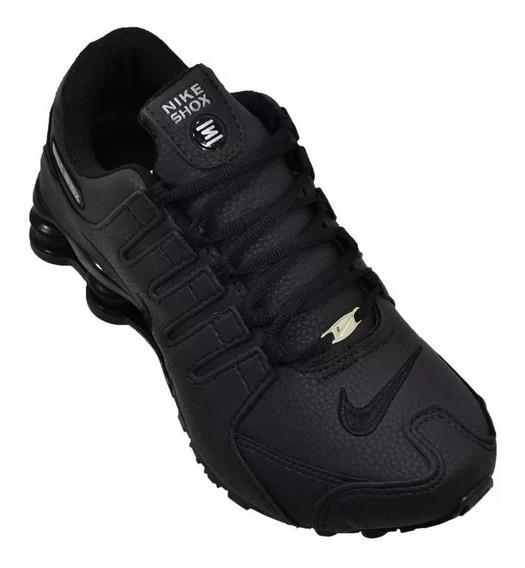 Tênis Nike Shoz Nz