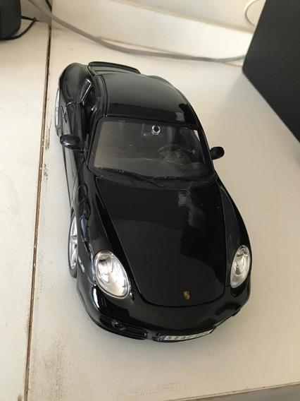Miniatura Porsche Cayman S Preto 1/18 Maisto