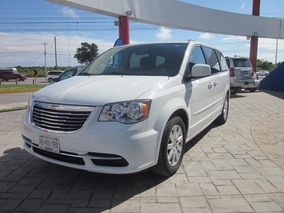 Chrysler Town & Country 3.6 Touring Tela Carflex Cancun
