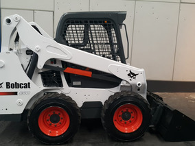 Minicarregadeira Bobcat Mod. S530 Ano 2014 - 1373hs - Pronta