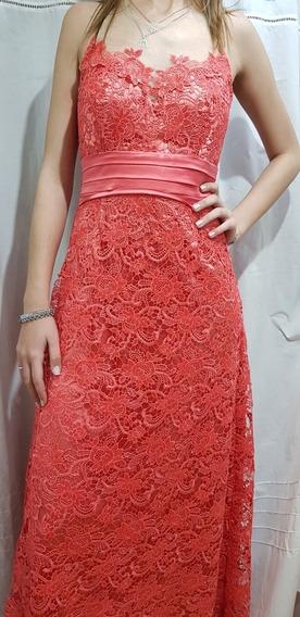 Vestido Coral De Guipur Y Lentejuelas...