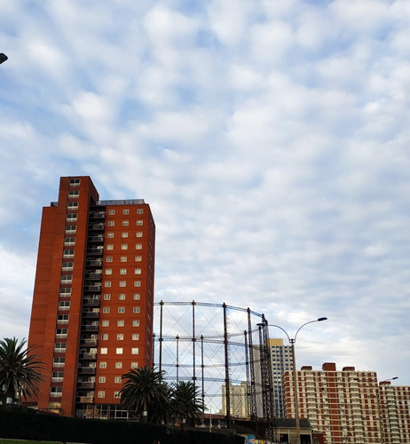 Vendo Apartamento 3 Dormitorios Barrio Sur Enfrente A Rambla