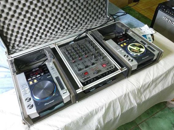 Cdj 200 + Mixer + Caser .