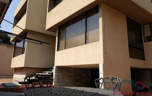 Vendo Amplia Residencia En Ciudad Satélite Naucalpan Jl