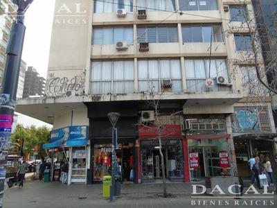 Oficina En Alquiler En La Plata Calle 8 E/ 49 Y 50 Dacal Bienes Raices