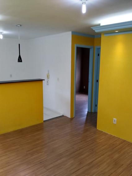 Apartamento Condomínio Sta Cecília